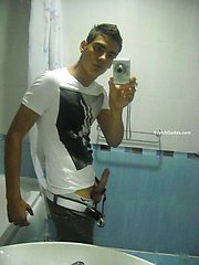 Amateurs boyfriend posing to his ex girlfriend camera
